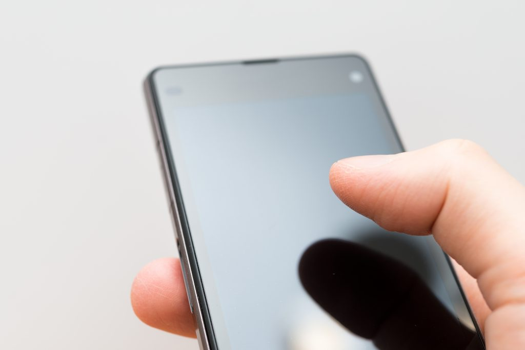 smart-phone-with-finger